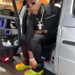 """Davido's """"I can't breathe"""" comment gets funny reactions from friends/fans"""