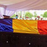 France President Witnesses Chadians President Burial