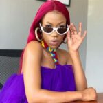 Ugandan singer, Vinka, stomped a fan who tried to pull up her dress (Video)