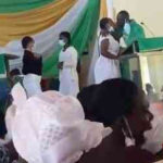 (VIDEO )Anglican church releases press statement over video of priest kissing female students