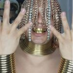 (Video) US Rapper brags after implanting gold chains into his head